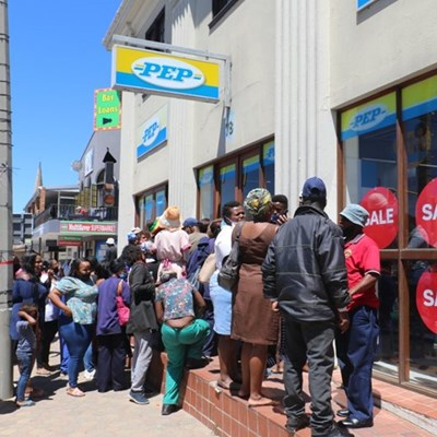 Guardian angel donates R100 000 for shoppers at Pep
