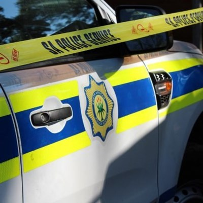 Woman robbed in Cradock Street