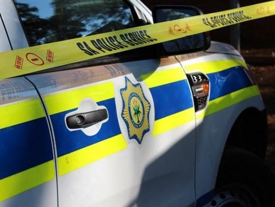 Woman robbed in Cradock Street
