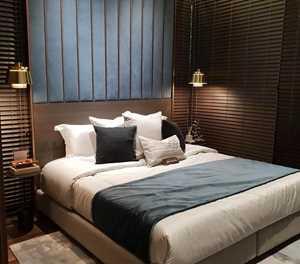 Creating a sleep-promoting bedroom