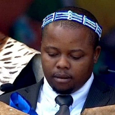 Azenathi stripped of king benefits as clash for crown continues