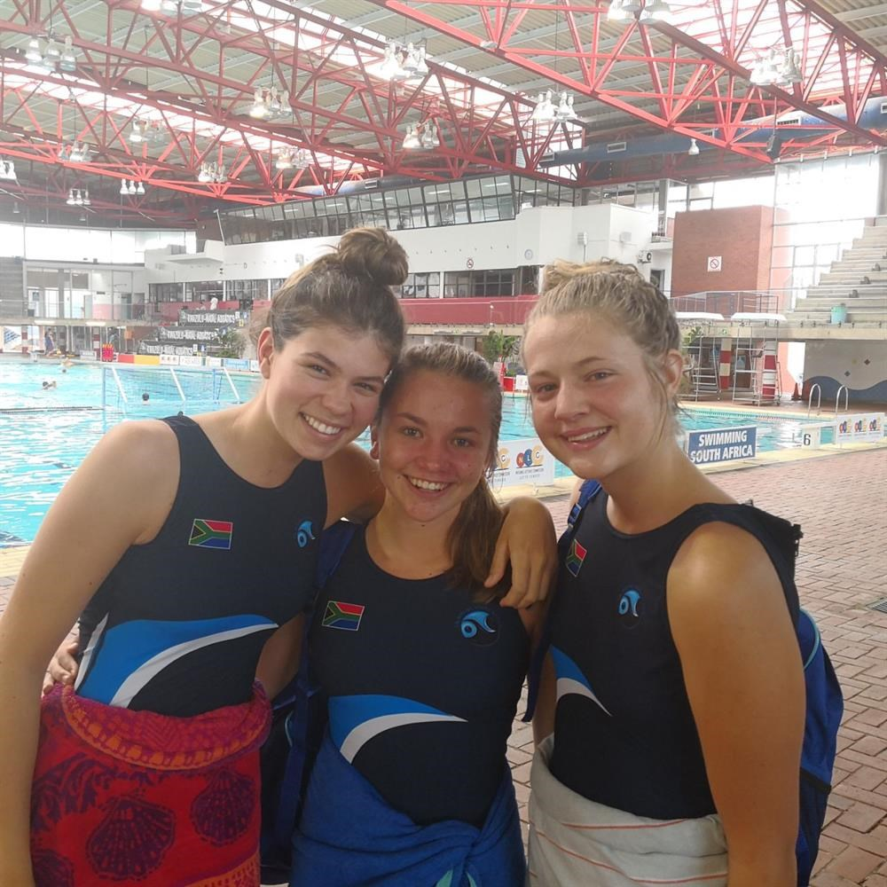 Locals make waves in SA water polo