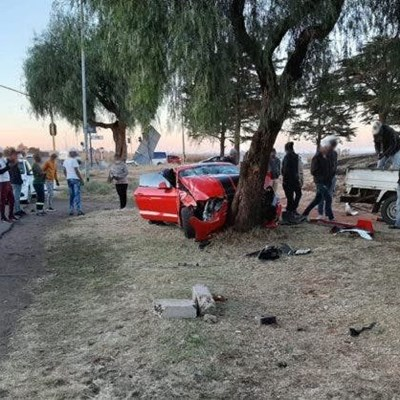 R1m luxury car driven into tree, police investigating
