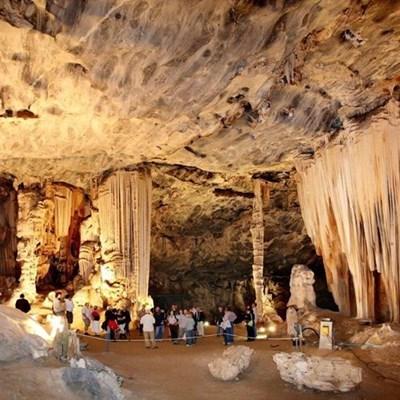 Kango-grotte maak Vrydag oop