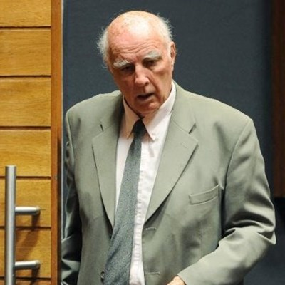 Convicted rapist Bob Hewitt granted parole