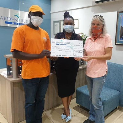 Garden Route Mall donates to community organisations