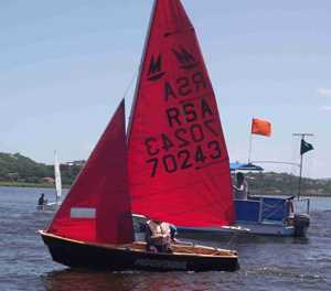Light wind keeps sailors away