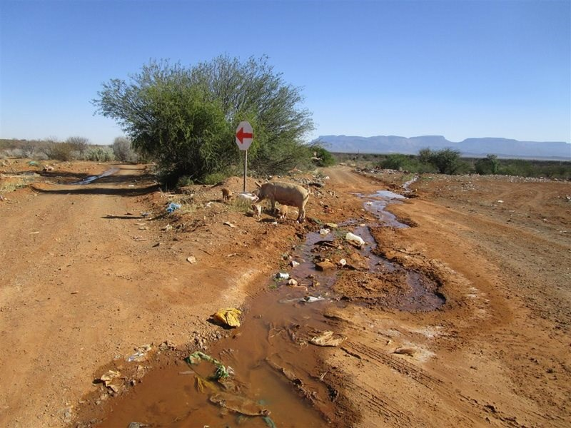 Route to dump site clear after farmer's efforts