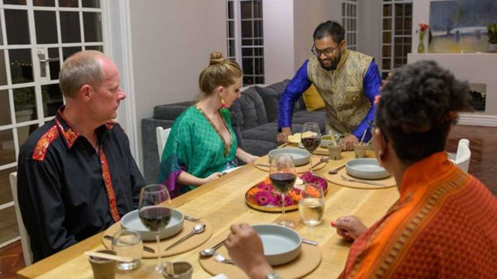 How to be a contestant on 'Come dine with me SA'