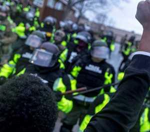Minneapolis under curfew after cop shoots black motorist dead