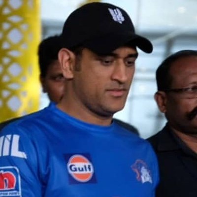 India's Dhoni to rest before World Cup if back trouble worsens