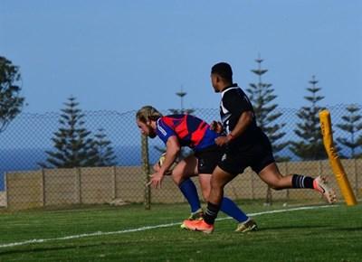Mosselbaai-rugbyklub se A-span teen All Blacks van Oudtshoorn