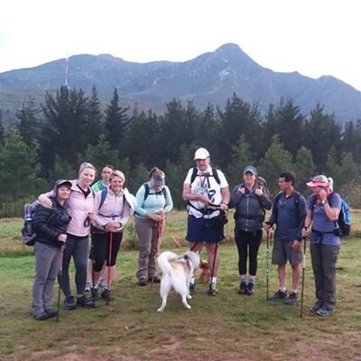 Excitement as group attempt George Peak