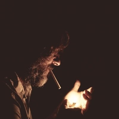 """Smokers """"share that zol"""" more than ever"""