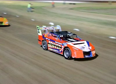 Oval track racing in George
