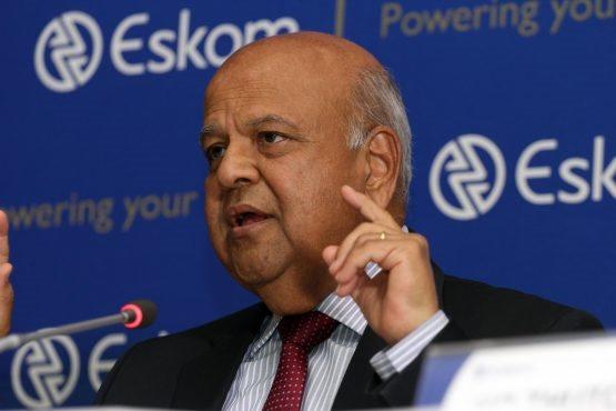 Gordhan meeting Eskom executives over power crisis | Mossel Bay