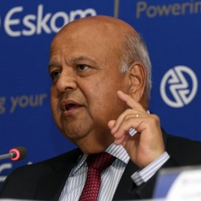 Gordhan meeting Eskom executives over power crisis
