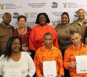Adjunkminister verras gevangenes