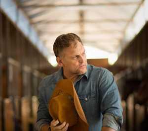 """Steve Hofmeyr bring sy splinternuwe """"Country Collection"""" na die Suid-Kaap"""