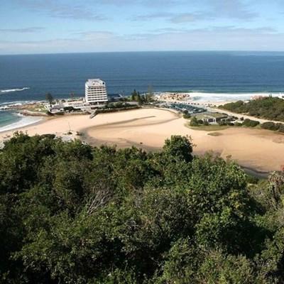 Vote for Plett for top beach award