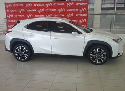 Halfway George | Pick of the Week | Lexus UX Hybrid