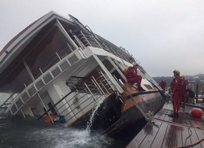 Paddle Cruiser capsize
