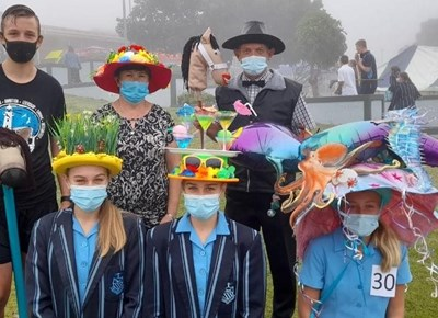 """Point High School """"J&B Met"""" horse racing and big hat day"""