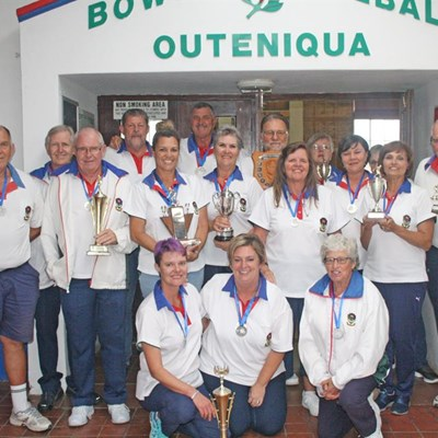 Pryse vir Outeniqua-rolbalklub se klubkampioene