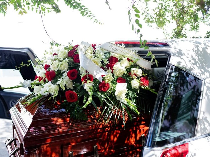 Knysna municipal cemeteries only opened for funerals