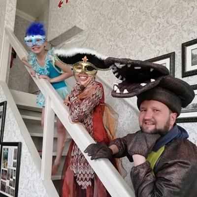 'Peter Pan' pantomime: Fun, fantasy
