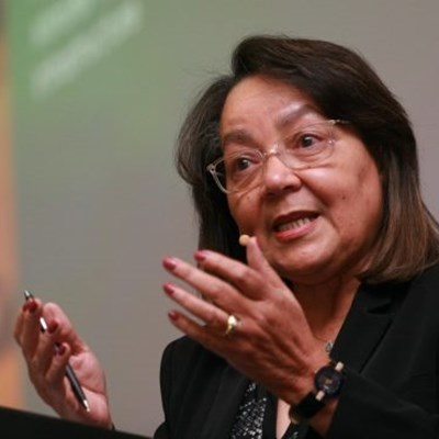 3,700 public works employees are doing business with the department – De Lille