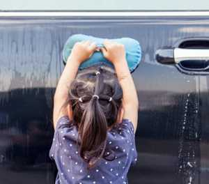 A woman's guide to car washing