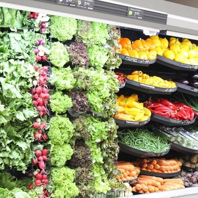 Pick n Pay tests 'nude' fruit and veg wall