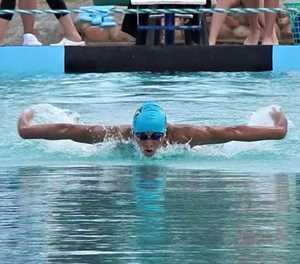 Swemmers laat weer spat