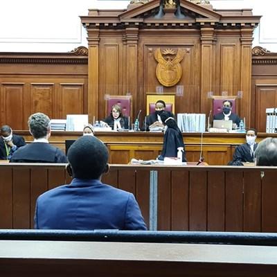 Saai represents tobacco farmers in court
