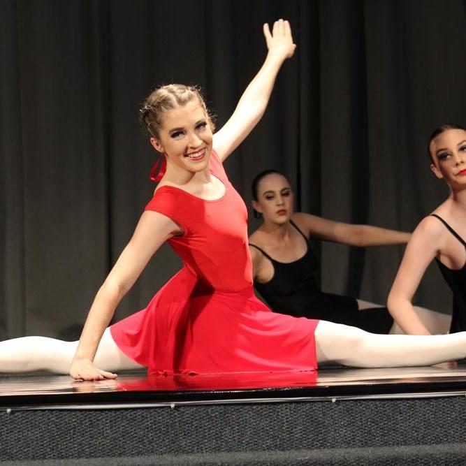 Ballet-medley applauded