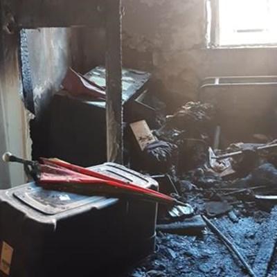 Brand vernietig huis in Aberdeen