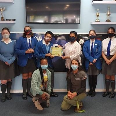 York High Animal Club receives award