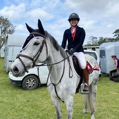 3 local junior equestrians ranked in the top 3 in SA