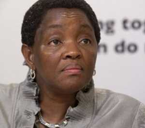 'The nation must apologise to Bathabile Dlamini'