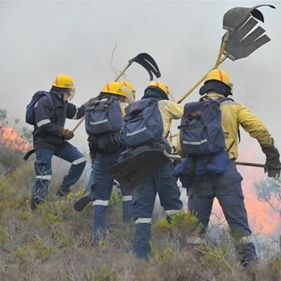 CapeNature vol hoop om brand te stop