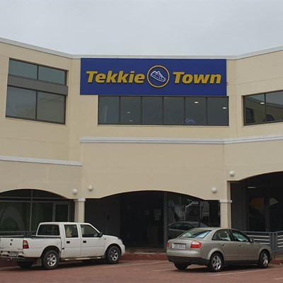 Continued legal battle for ex-Tekkie Towners