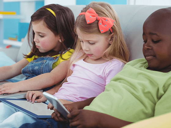 6 expert tips to limit your child's screen time
