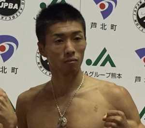Yamanaka retains minimumweight belt