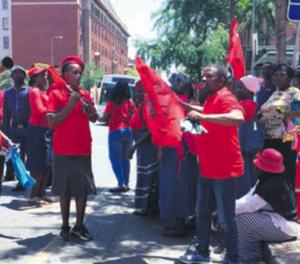 Tshwane hawkers, metro police at loggerheads