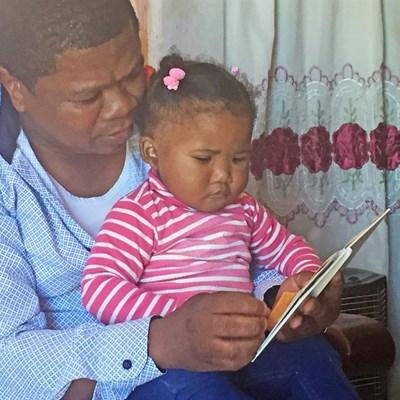 Lees is ons geskenk aan klein Tiana