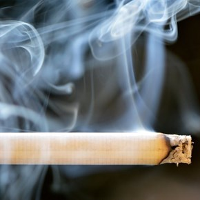 Tobacco industry fights SA's new proposed smoking and vaping laws