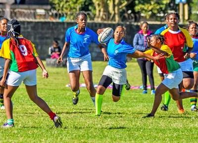 Werkersdag rugbyfees laat Eden-dogters uitblink