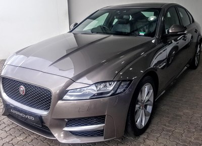 Jaguar George | Pick of the Week | Jaguar XF 2.0 i4D R Sport