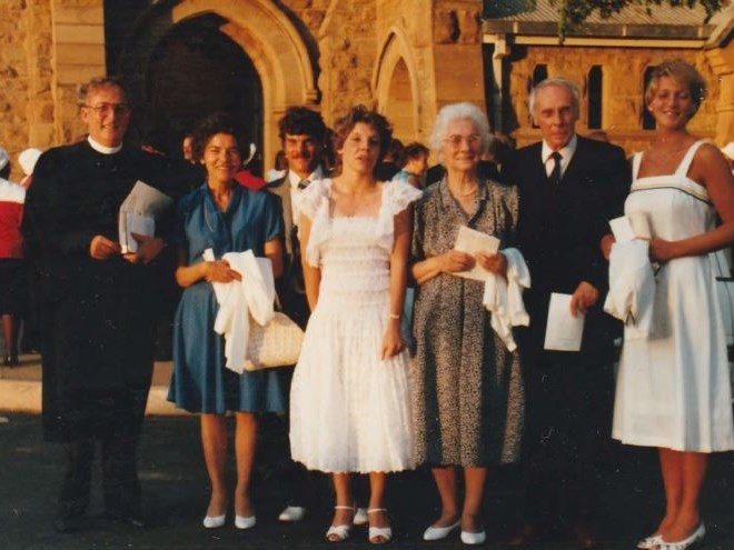 Long-serving reverend retires